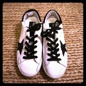 Great Golden Goose sneakers!  Sequin Star